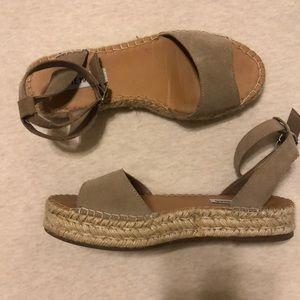 Irys Espadrilles Platform Sandals